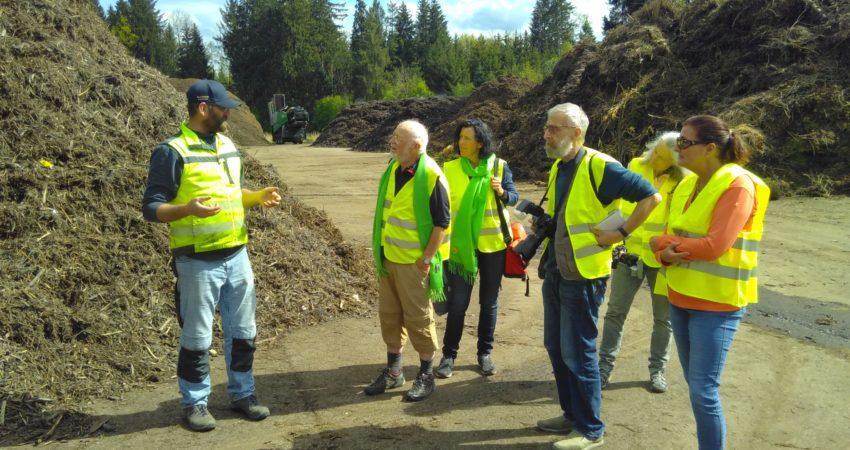 Die Mitglieder des AK Umwelt besichtigten die Kompostieranlage.